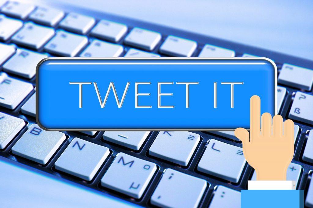 Écrire convenablement des tweets: un art qui se maitrise